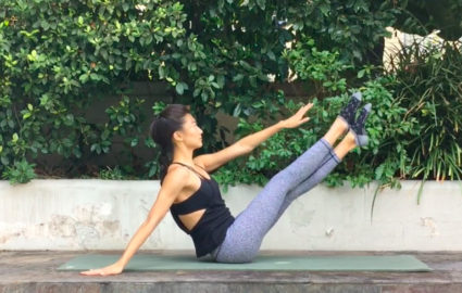 This Pilates Ab Challenge Will Tighten Your Core in 10 Days