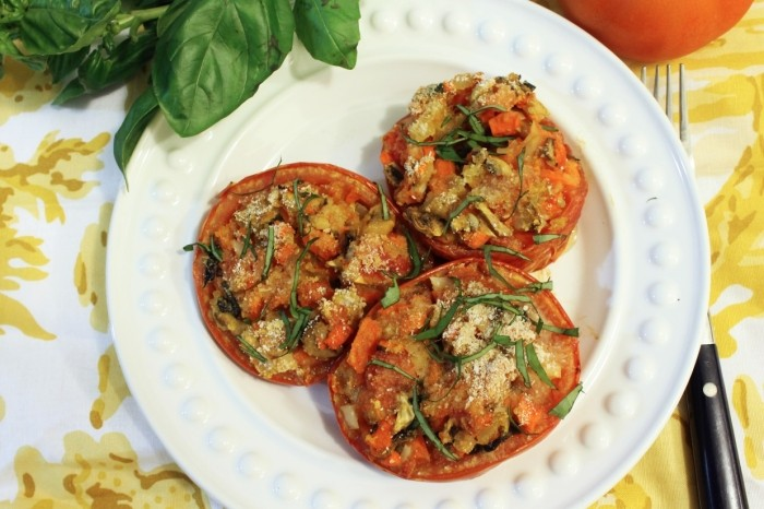 Healthy Dinner: Mushroom Sofrito Stuffed Tomatoes