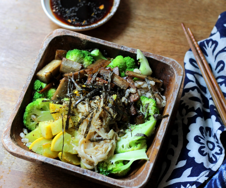 Vegan Donburi with Burdock and Mushrooms