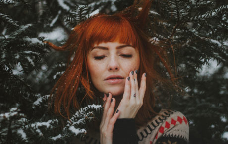 Keep Your Seasonal Affective Disorder At Bay With These 3 Mood-Balancing Tools