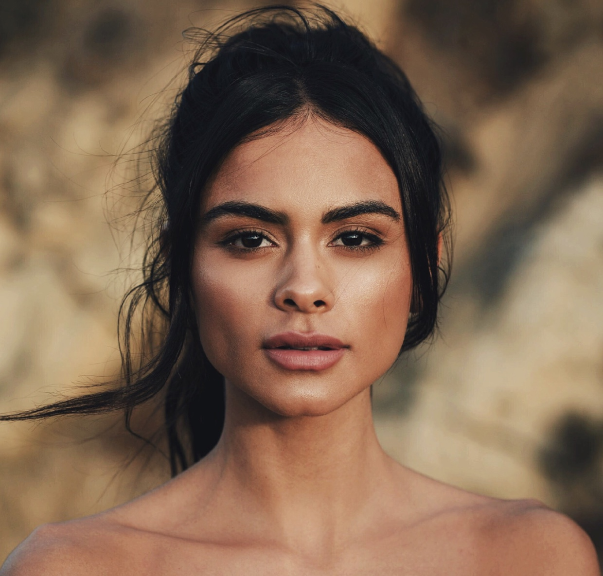 Banish Clogged Pores With Model Sophia Miacova's Vegan Skincare Routine