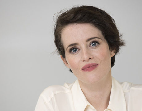 Claire Foy's Views On Living With Anxiety Are So Comforting. 5 Tips Inspired By The Queen
