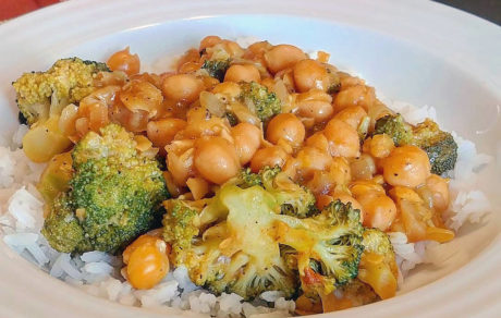 Vegan Chickpea & Broccoli Coconut Curry