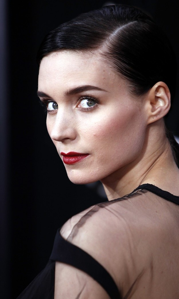 Rooney Mara Shares Her Vegan Wellness Routine & It's The Stuff Of Dreams