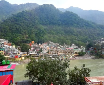 Sacred Rivers, Eclectic Cafes And Yoga Galore–Paradise Found in Rishikesh, India