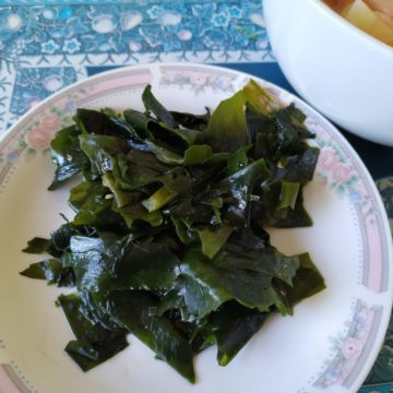 Spicy Seaweed Salad as a Side Dish