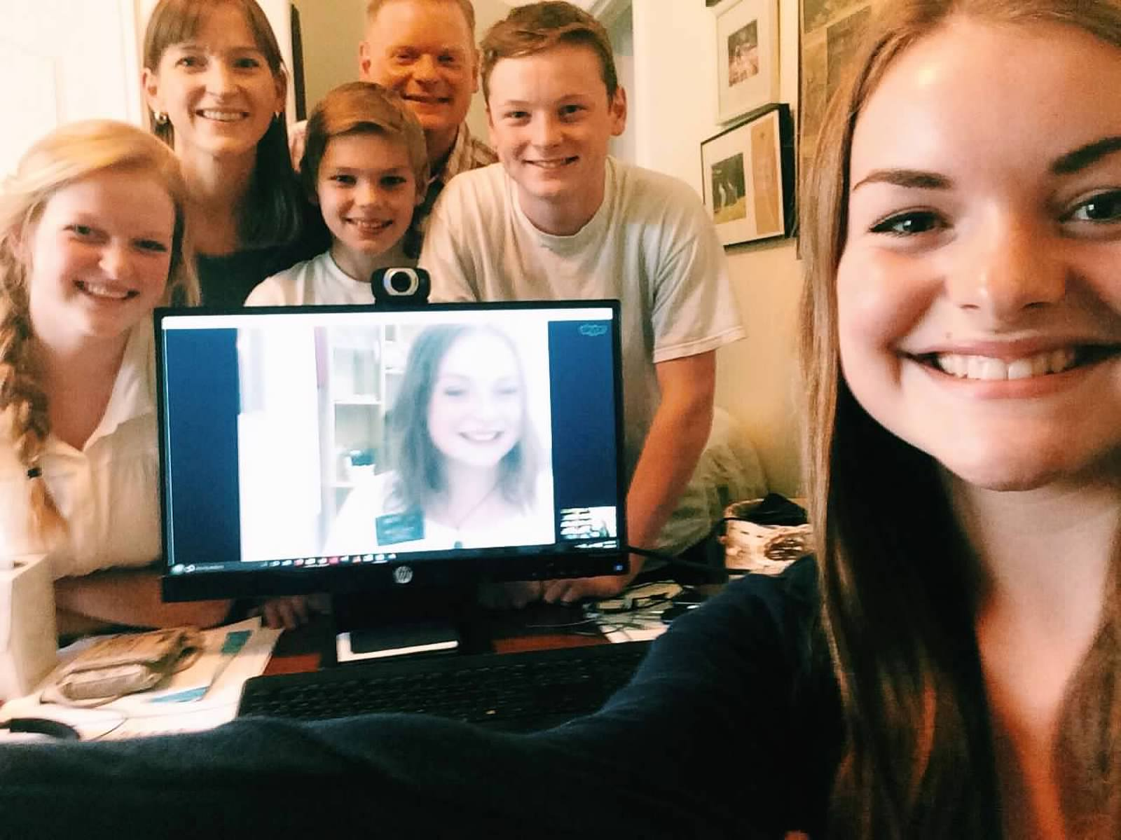 Video_chat_with_family